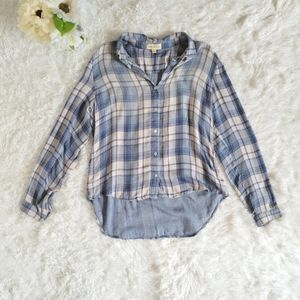 Cloth & Stone Anthropologie Plaid Shirt Size Med Long Sleeve Blue Pink Button Up